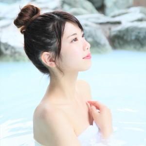 ワンコインで楽しめる! 天然温泉の露天風呂&市内最大級の高濃度炭酸泉