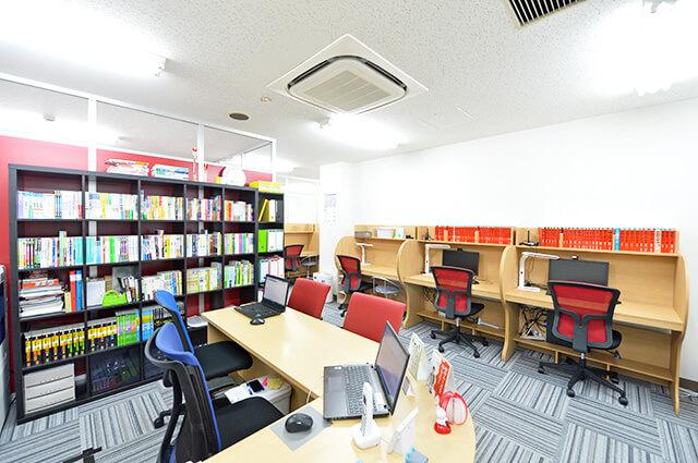 武田塾宇都宮校の教室風景