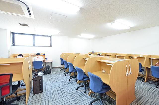 武田塾宇都宮校の自習室