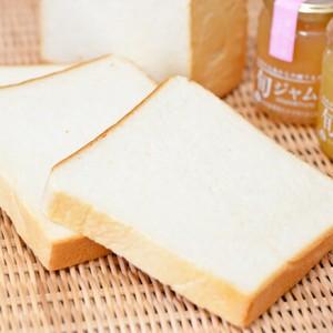 パン好き必見! 宇都宮の人気食パン専門店「一本堂」- PR