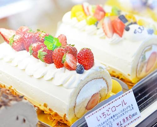 ロンシャン洋菓子店のロールケーキ