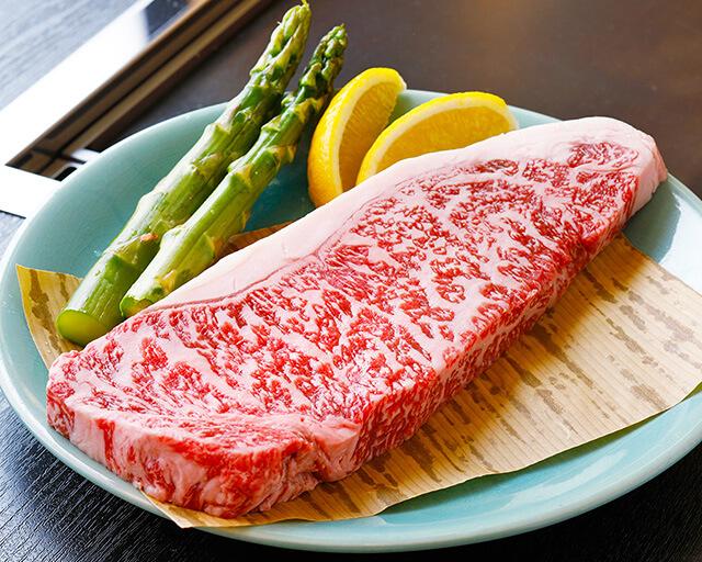 月島で味わえるステーキ肉