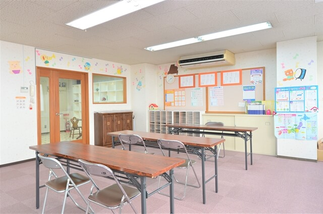 カワイ音楽教室室内