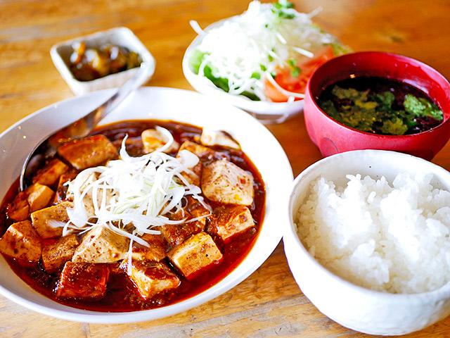 高野食堂の麻婆豆腐定食