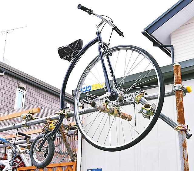 タマリンの看板替わりのレトロな自転車
