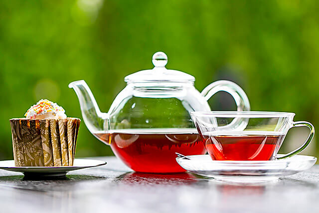 レストラン・カフェRHIZAの紅茶と生シフォンケーキ