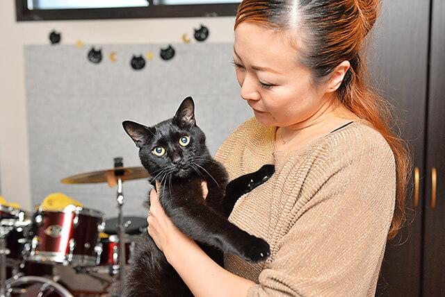 くろねこ音楽教室看板猫のサスケちゃん