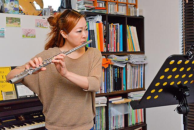 くろねこ音楽教室オーナー フルート奏者の坂本さん