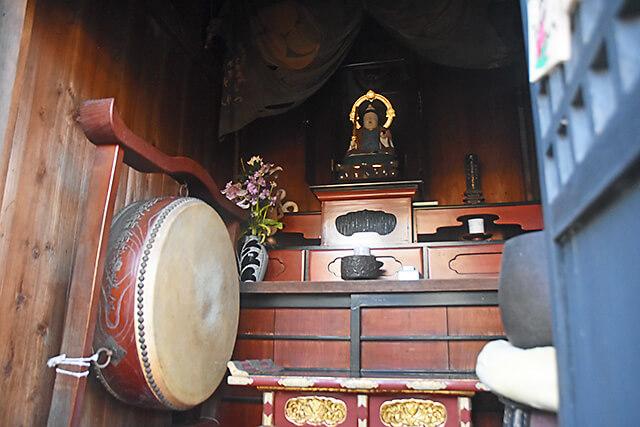 祥雲寺の弁天堂に祀られている弁天様