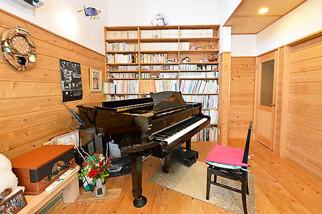 ウジイエピアノ教室のレッスン室