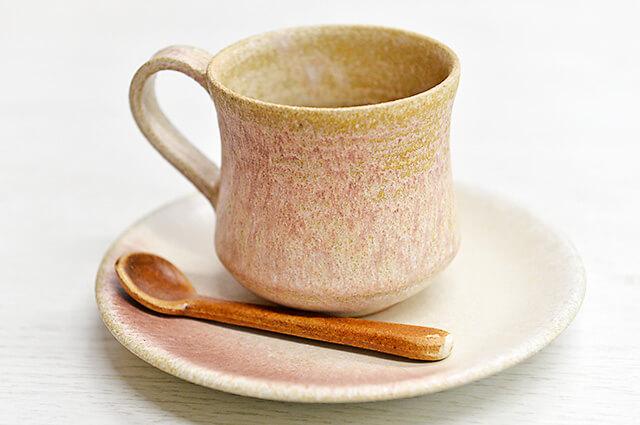 七つ星不動産 益子焼のコーヒーカップ