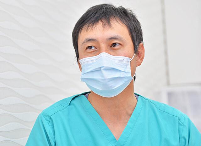 しのざき歯科医院 院長先生