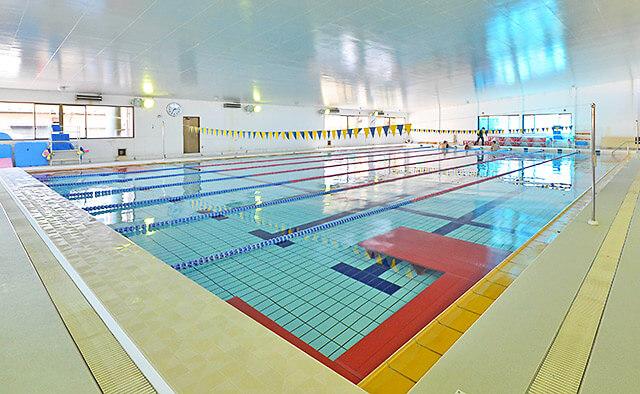 宝木スイミングクラブのプール