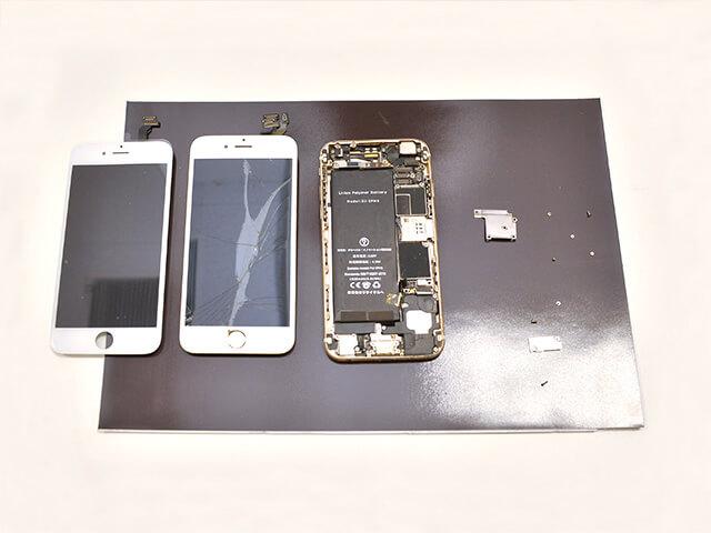 スマップル宇都宮店 修理中のiPhone